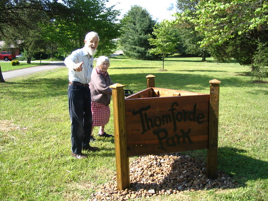 Pleasant Hill, Thomforde Park: Winnie, Phil